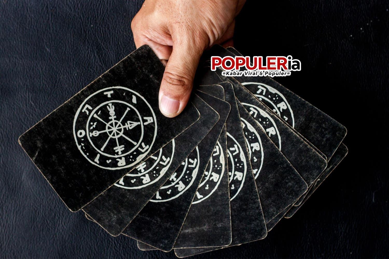 12 ramalan zodiac bulan ini populeria com Karakter 12 Nama Zodiak Pria dan Wanita beserta Ramalannya [year]