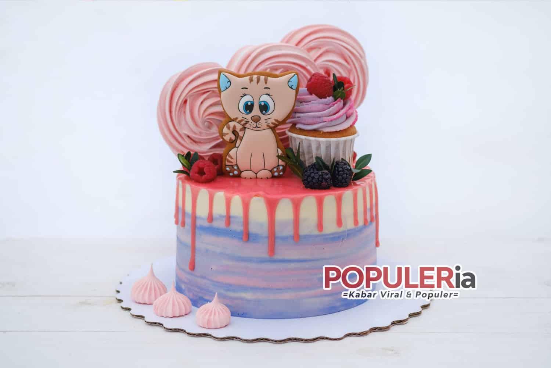 kue ulang tahun bertema kucing untuk anak anda 20 Ide Kue Ulang Tahun Anak Lucu Yang Harus Anda Coba!