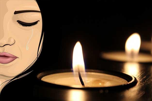 menangis dan bersedih 20 Ucapan Belasungkawa / Turut Berdukacita yang Simple dan Melegakan